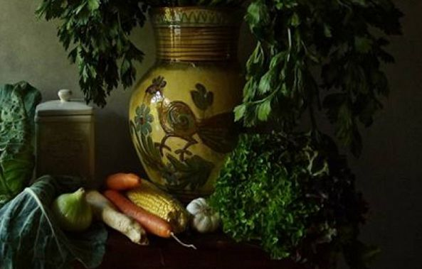 Still Life with Ukrainian vase-Claudia Stanetti