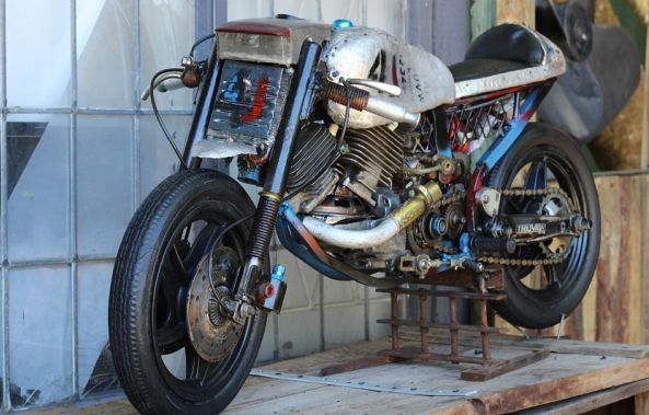 4 J CAFE RACER-Roger Gailey