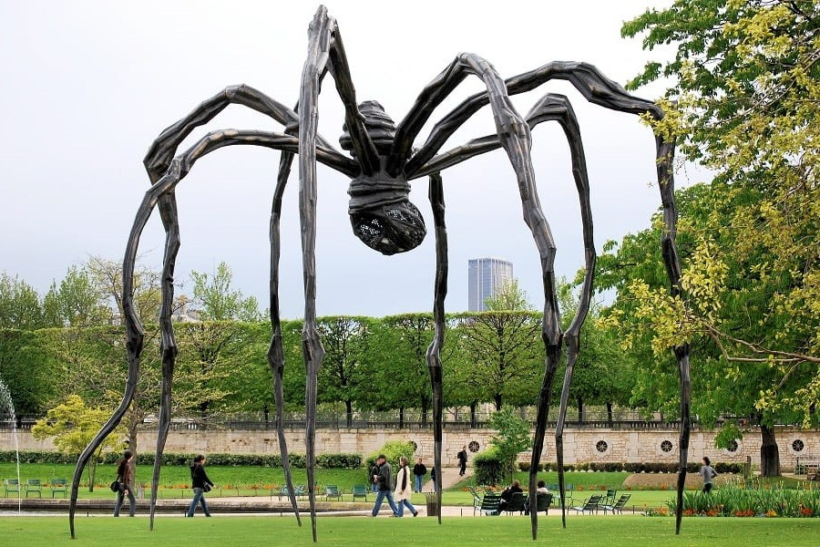 20 most famous sculptures from all around the world