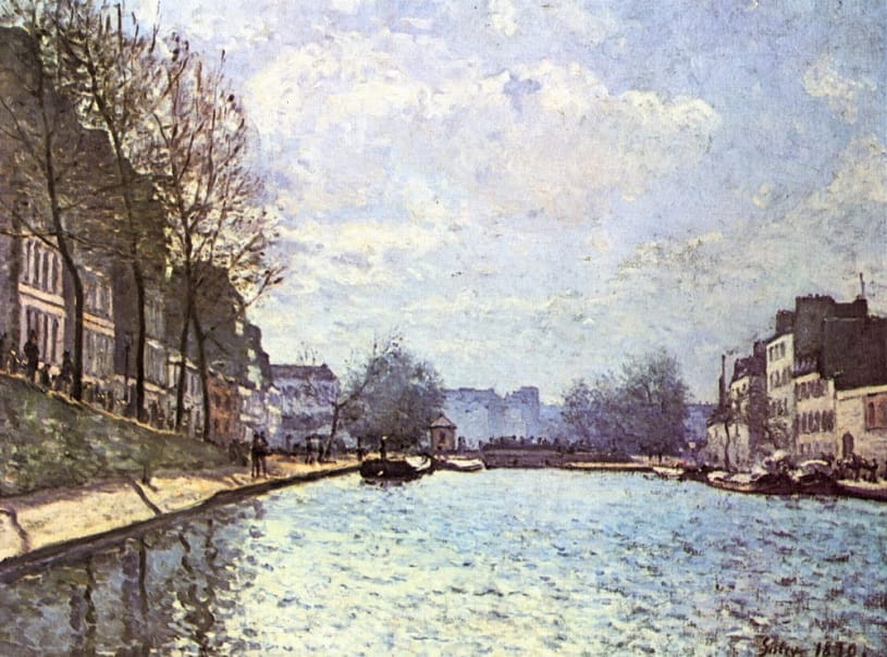 View of the Saint-Martin Canal.